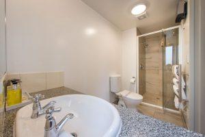 Compact-studio-bathroom