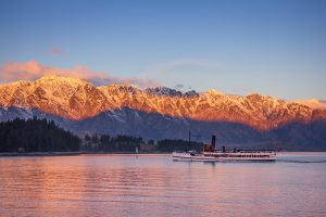 Earnslaw_at_sunset