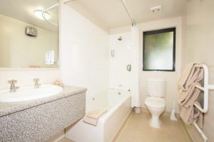 bathroom-2-bedroom-1